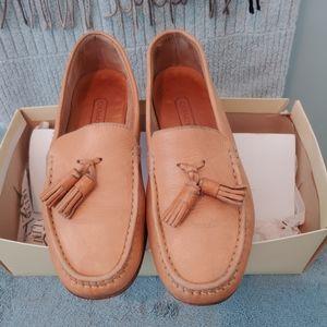 COACH loafers, 6.5, beige, tassels